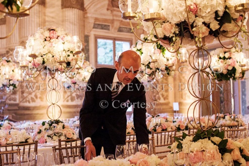 Matrimonio Natalizio Enzo Miccio : Wedding planner enzo miccio polis magazine
